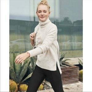 Athleta Transit Turtleneck Sweater Size XS